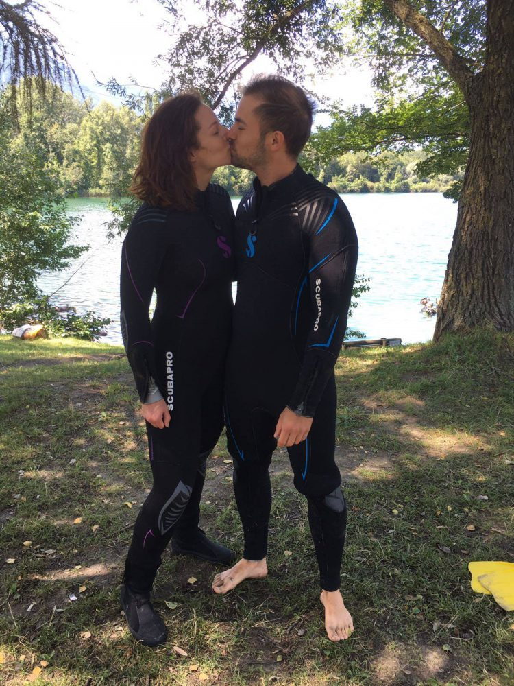 Couple De Plongeurs Baptême Plongee.ch