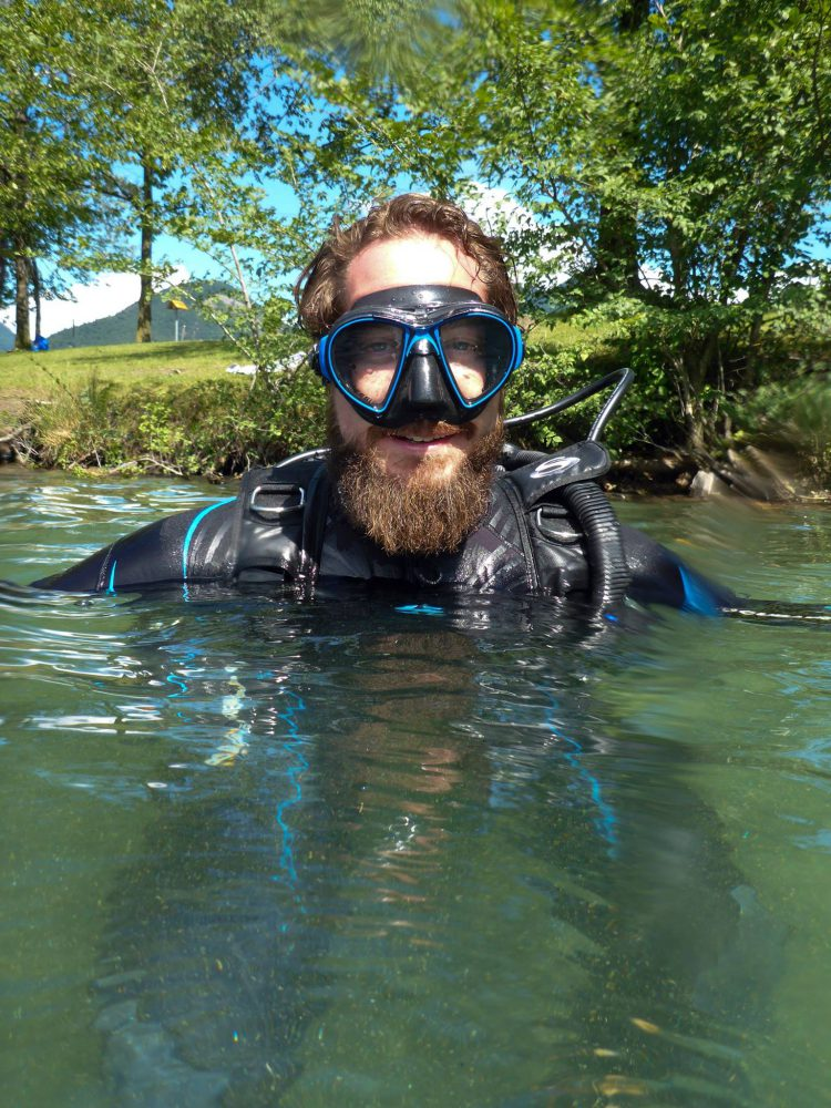 Plongeur Baptême Duzillet Plongee.ch